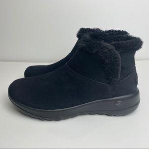 NEW Skechers On-The-go Joy-Bundle Up Boot Blk 5.5